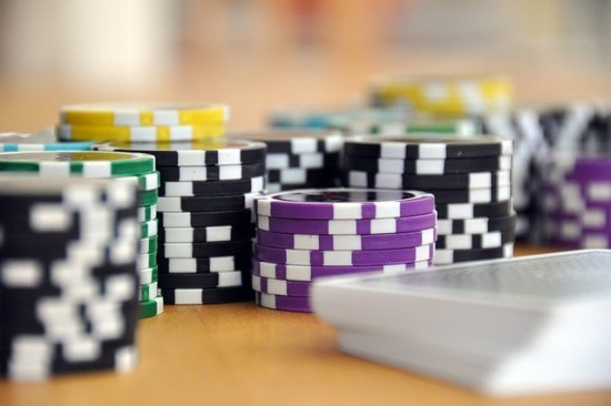 Earn money online with online gambling